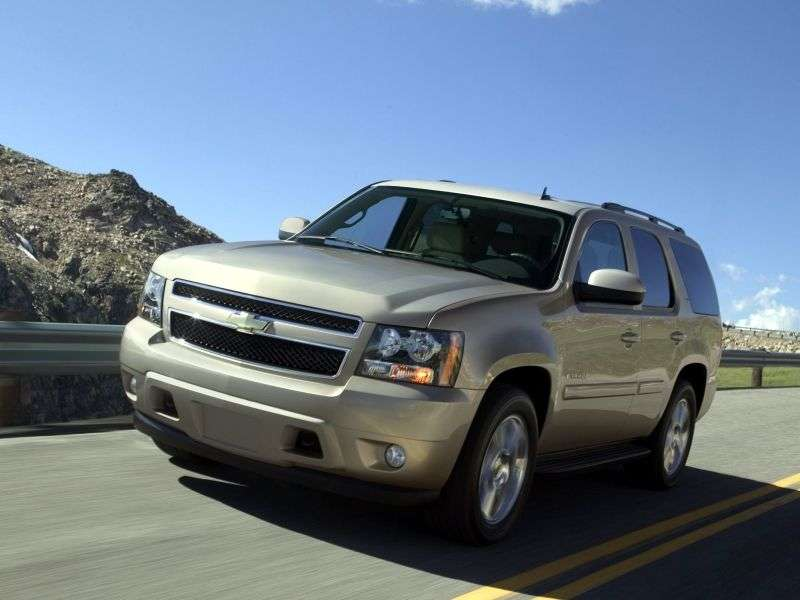 Chevrolet Tahoe GMT900 5 door SUV. 4.8 AT AWD (2006 – present)