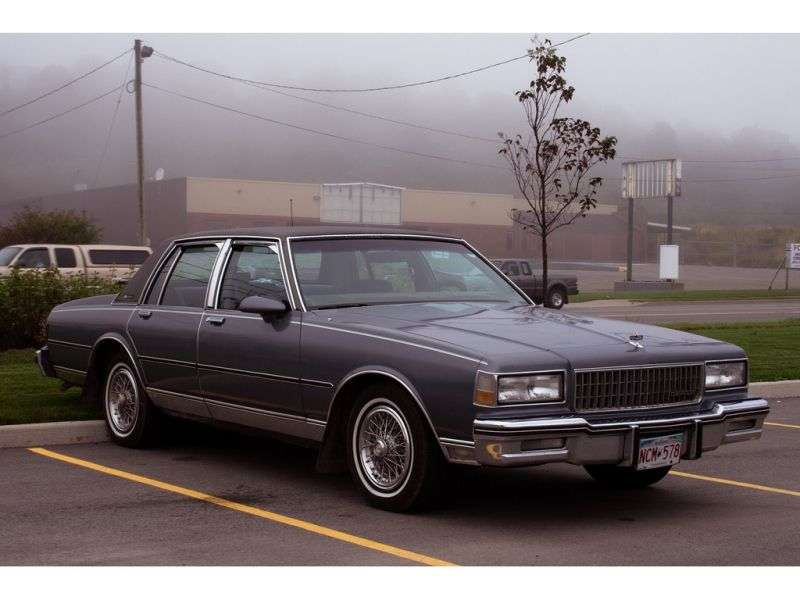 Chevrolet Caprice 3rd generation [2nd restyling] sedan 5.0 4AT (1987–1988)