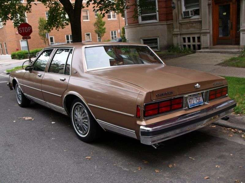 Chevrolet Caprice 3rd generation [2nd restyling] 4.3 4AT sedan (1987–1988)