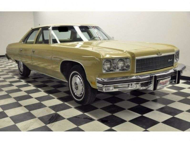 Chevrolet Caprice 2nd generation [4th restyling] 5.7 Turbo Hydra Matic sedan (1975–1975)
