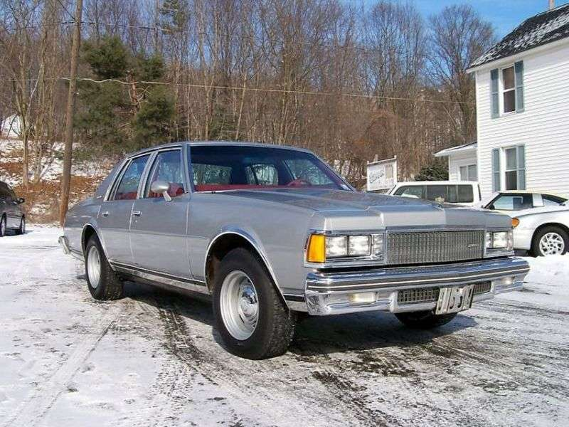 Chevrolet Caprice 3rd generation sedan 4.1 Turbo Hydra Matic (1977–1979)