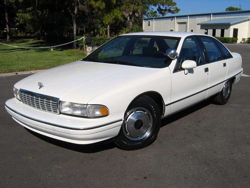 Chevrolet Caprice 4th generation sedan 5.7 AT (1993–1993)