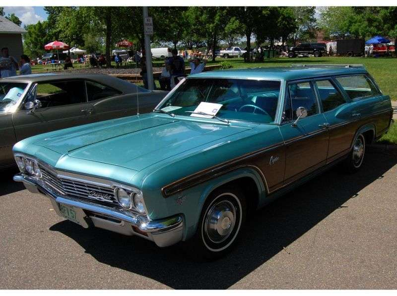 Chevrolet Caprice 1st generation [restyling] Kingswood Estate wagon 5.4 Powerglide 3 seat (1966–1966)