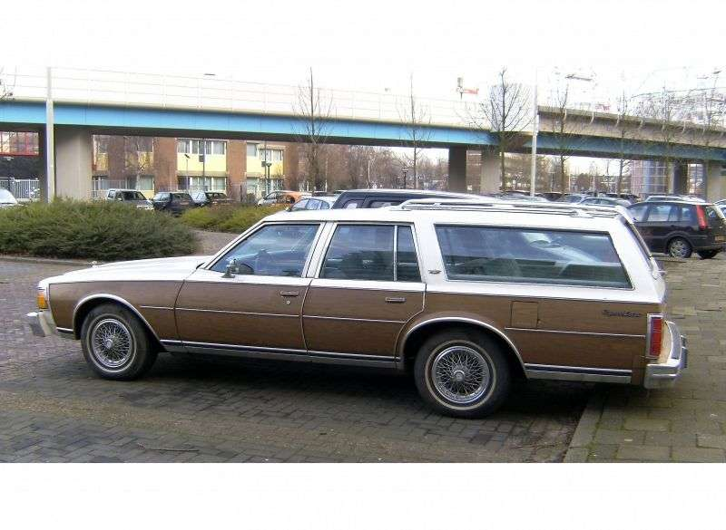Chevrolet Caprice 3rd generation Kingswood Estate station wagon 5.7 Turbo Hydra Matic 3 seat (1977–1979)