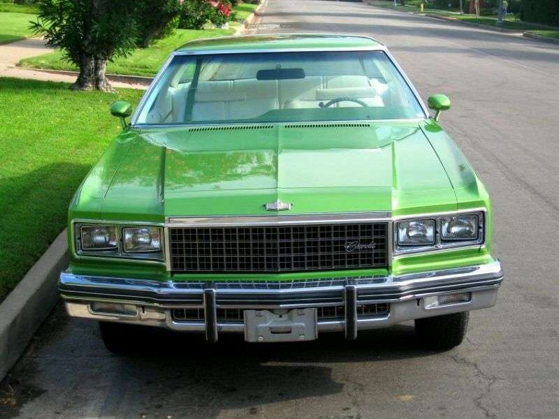 Chevrolet Caprice 2nd generation [5th restyling] Custom Coupe Coupe 5.7 Turbo Hydra Matic (1976–1976)