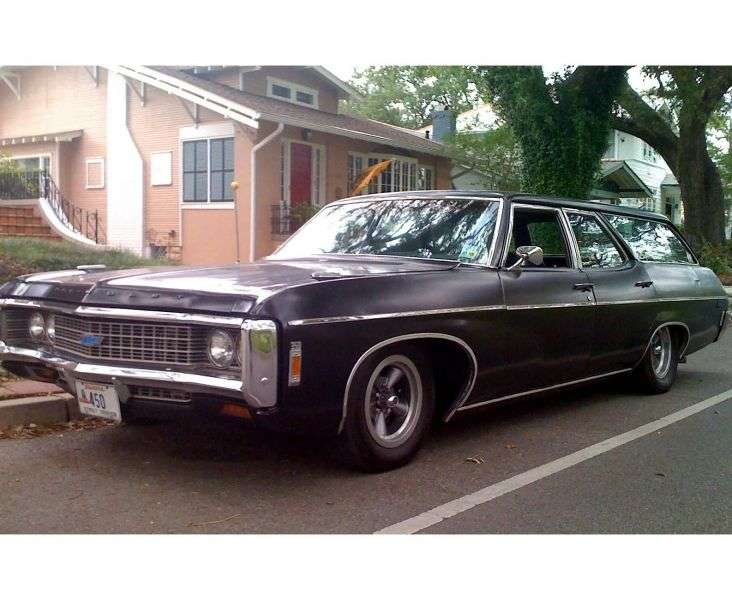 Chevrolet Caprice 1st generation [4th restyling] Kingswood Estate Wagon 7.0 4MT High Performance 3 seat (1969–1969)