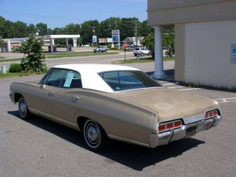Chevrolet Caprice 1st generation [2nd restyling] Sport Sedan 4 bit hardtop. 7.0 4MT (1967–1967)