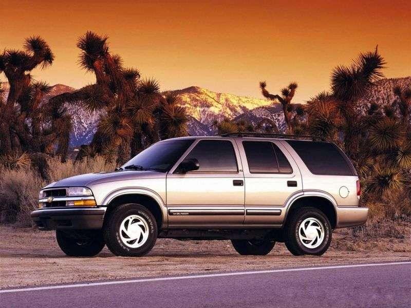 Chevrolet Blazer 4th generation [restyling] SUV 5 dv. 4.3 AT (1997–2005)