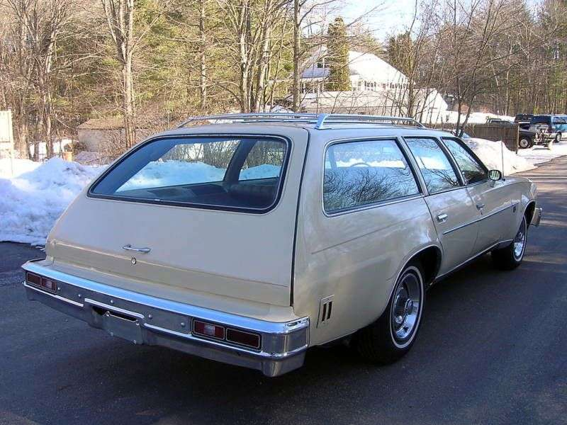 Chevrolet Chevelle 3rd generation [3rd restyling] Station Wagon 5 speed wagon. 6.6 Turbo Hydra Matic 3 seat (1976–1976)