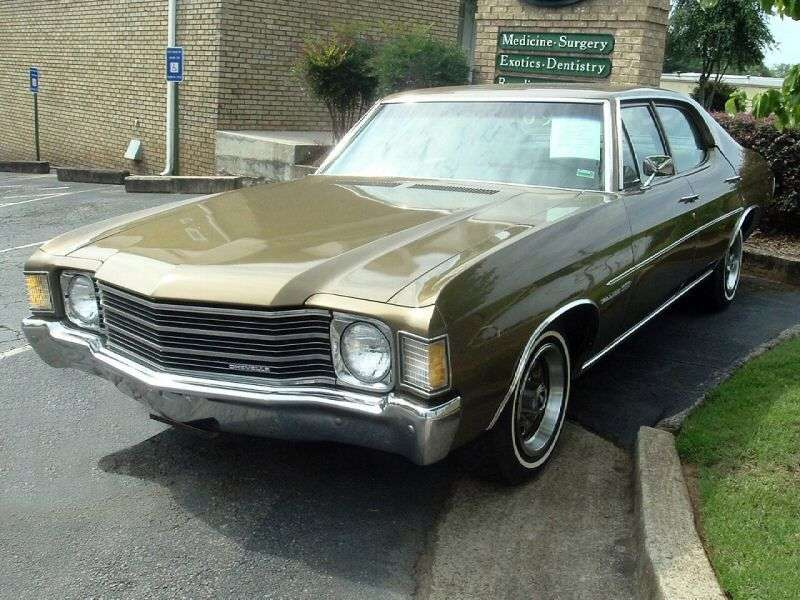 Chevrolet Chevelle 2nd generation [4th restyling] 5.0 Powerglide sedan (1972–1972)