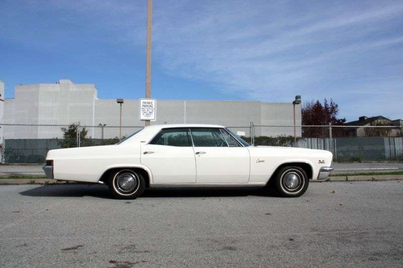 Chevrolet Caprice 1st generation [restyling] Sport Sedan 4 bit hardtop. 7.0 4MT High Performance (1966–1966)