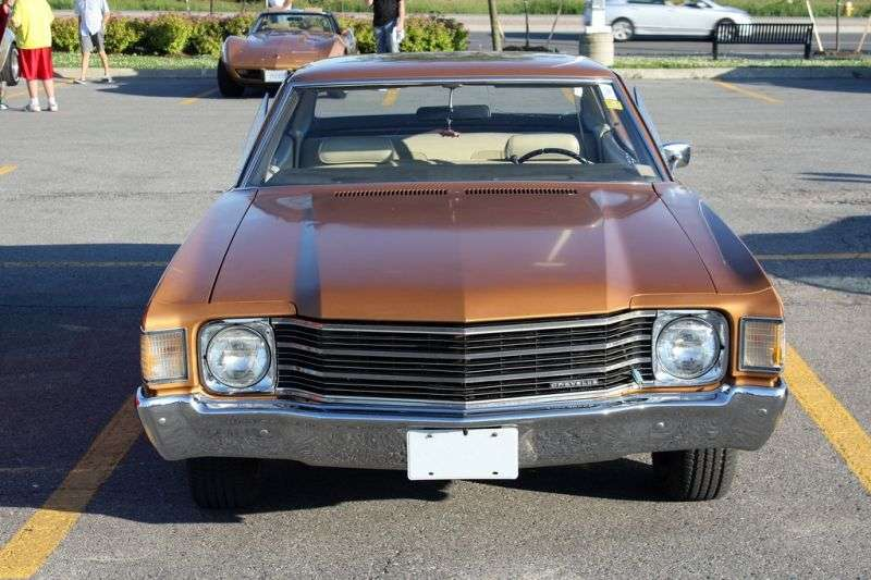 Chevrolet Chevelle 2nd generation [4th restyling] Sport Sedan hardtop 5.7 3MT (1972–1972)