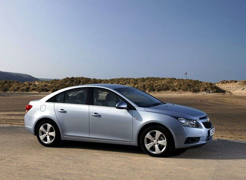 Chevrolet Cruze J300edan 1.8 AT LT (1PH69KDF3) (2009–2012)
