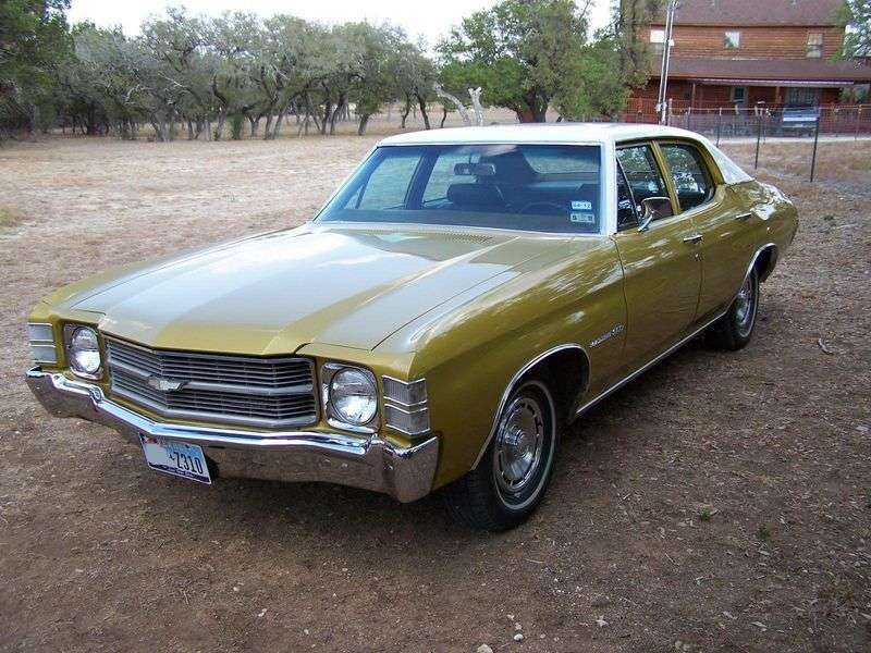 Chevrolet Chevelle 2nd generation [3rd restyling] 5.7 Turbo Hydra Matic sedan (1971–1971)