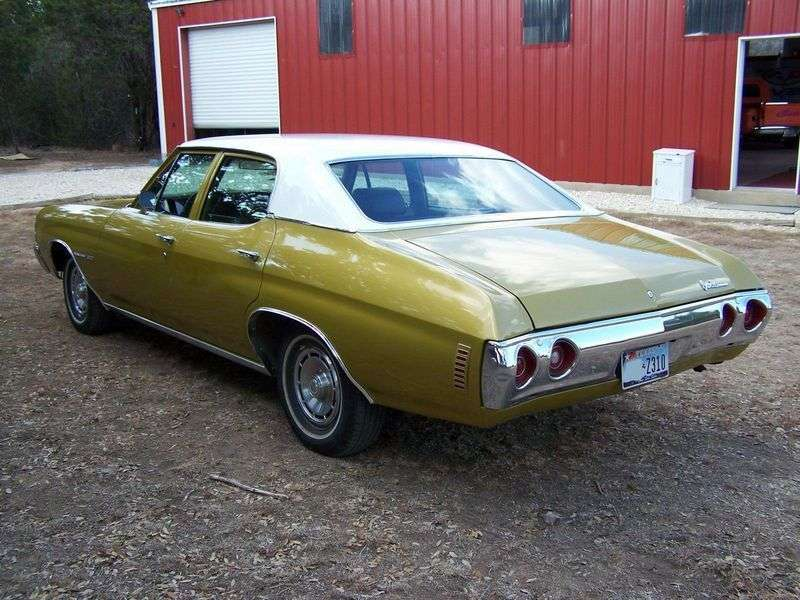Chevrolet Chevelle 2nd generation [3rd restyling] 6.6 MT sedan (1971–1971)