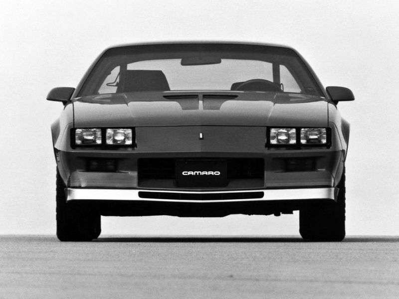 Chevrolet Camaro 3rd generation Z28 coupe 2 bit. 5.0 MT (1982–1982)