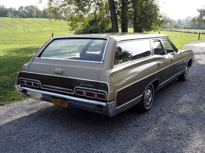 Chevrolet Caprice 1st generation [2nd restyling] Kingswood Estate Wagon 7.0 4MT High Performance 3 seat (1967–1967)