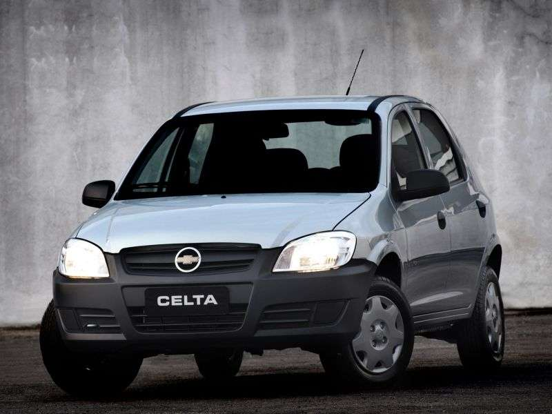 Chevrolet Celta 1st generation [restyling] 5 bit hatchback 1.0i MT (2006–2011)