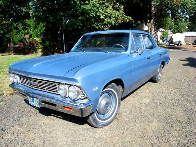 Chevrolet Chevelle 1st generation [2nd restyling] 4 d sedan 4.6 Powerglide (1966–1966)