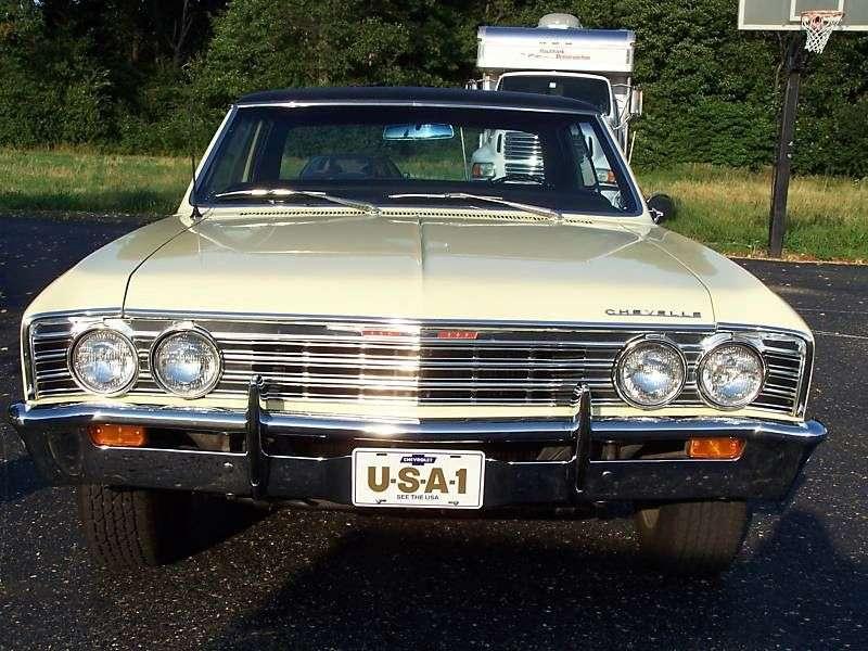 Chevrolet Chevelle 1st generation [3rd restyling] Sport Sedan hardtop 4.6 3Synchromesh (1967–1967)