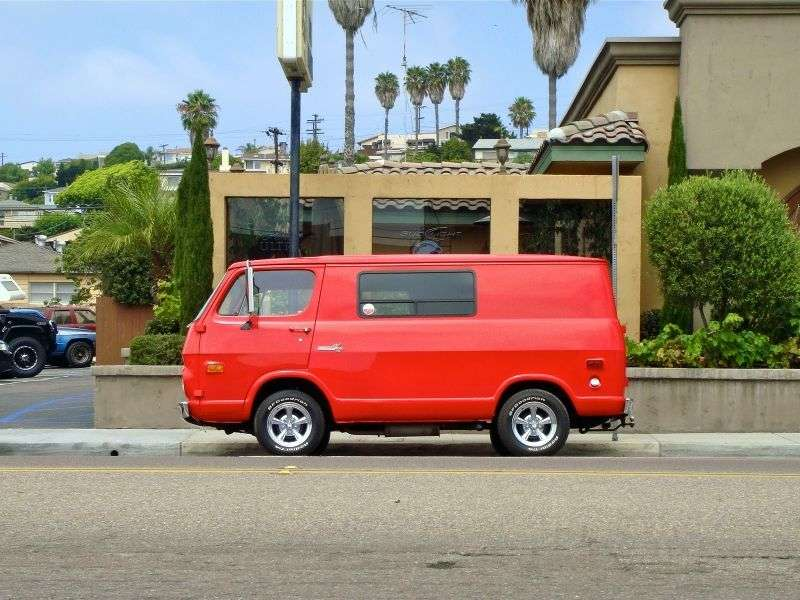 Chevrolet Chevy Van 2nd generation van 4.1 Turbo Hydra matic G10 (1969–1970)