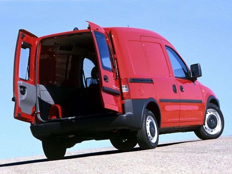 Chevrolet Combo 2nd generation van 1.4 MT (2001–2011)