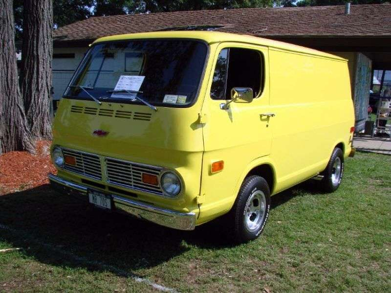 Chevrolet Chevy Van 2nd generation van 5.0 Powerglide G20 (1968–1970)
