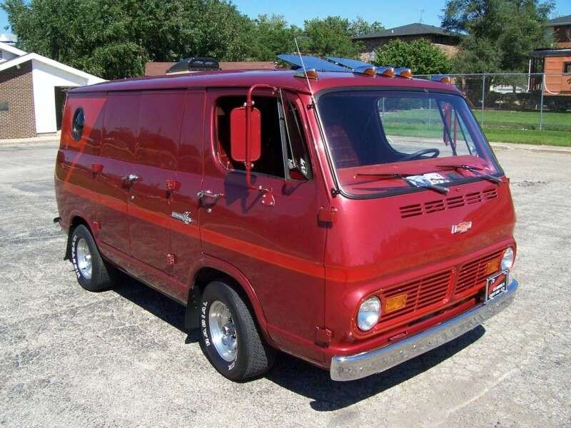 Chevrolet Chevy Van 2nd generation van 4.6 3MT G10 (1967–1968)