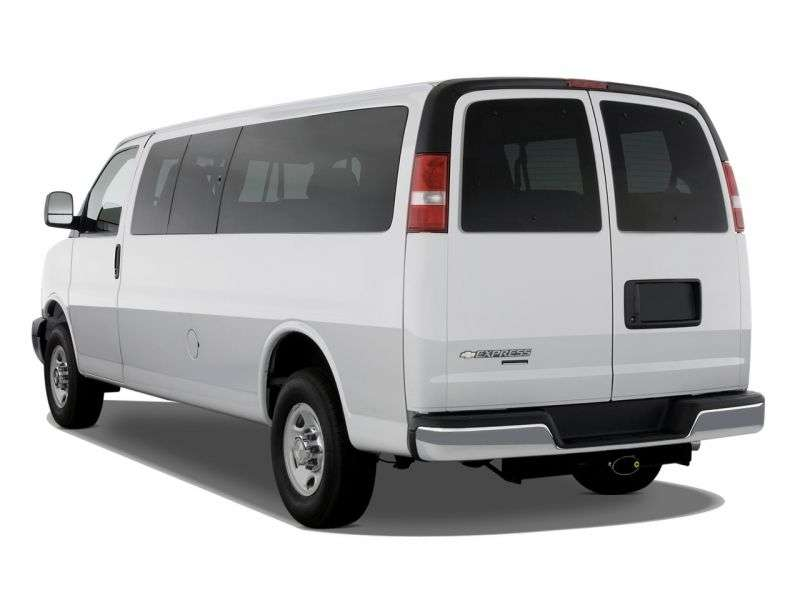 Chevrolet Express 1st generation [restyling] Minibus 6.0 Flexfuel AT 2500 (2010 – n.)
