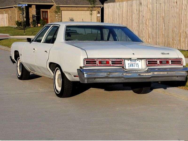 Chevrolet Impala 5th generation [4th restyling] 6.6 Turbo Hydra Matic Sedan (1975–1975)