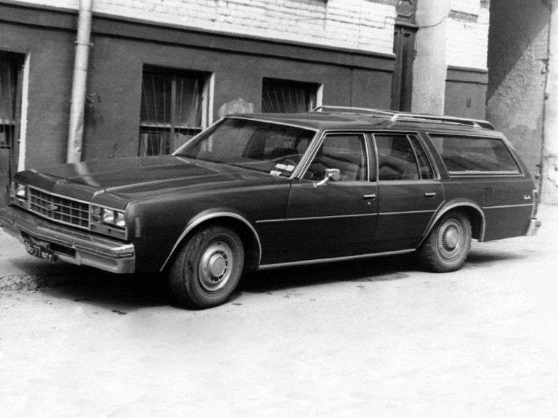 Chevrolet Impala 6th generation wagon 5.0 Turbo Hydra Matic 3 seat (1977–1977)