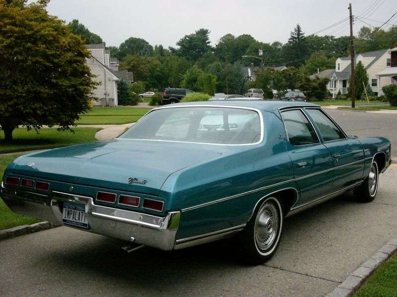 Chevrolet Impala 5th generation sedan 5.7 Turbo Hydra Matic (1971–1971)