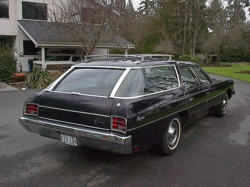 Chevrolet Impala 5th generation [restyling] Kingswood 6.6 Turbo Hydra Matic 3 seat wagon (1972 1972)
