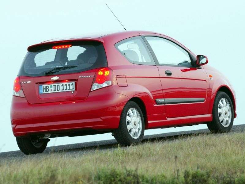 Chevrolet Kalos 1st generation 1.2 MT hatchback (2003–2008)