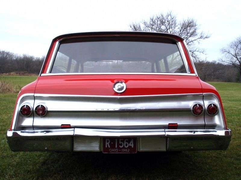 Chevrolet Impala 3rd generation [restyled] wagon 3.9 MT Overdrive 3 seat (1962–1962)