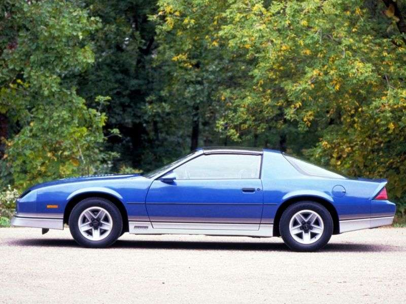 Chevrolet Camaro 3rd generation Z28 T top Targa 5.0 AT (1982–1982)