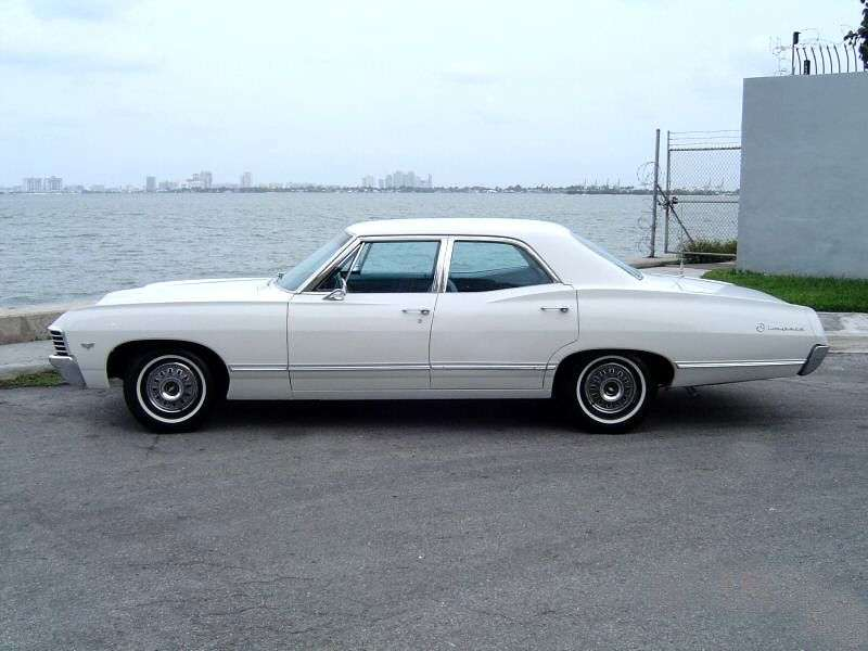 Chevrolet Impala 4th generation [2nd restyling] sedan 5.4 3MT (1967–1967)
