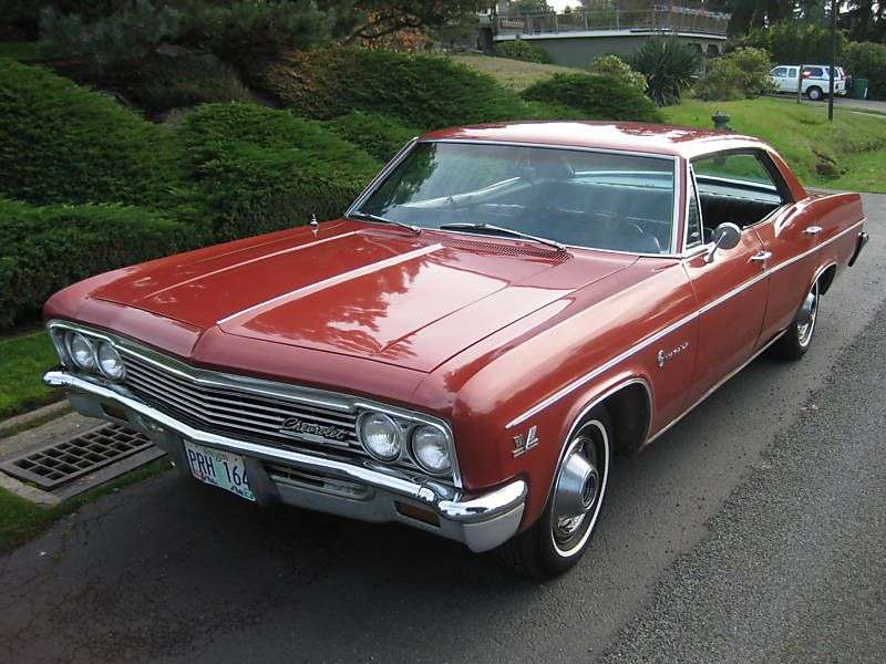 Chevrolet Impala 4th generation [restyling] hardtop 7.0 Turbo Hydra Matic (1966–1966)