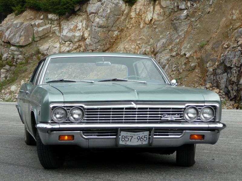 Chevrolet Impala 4th generation [restyling] hardtop 5.4 4MT (1966–1966)