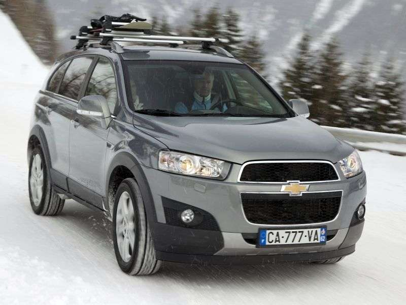 Chevrolet Captiva 1st generation [restyling] 2.2 TD AT crossover LT 5 seats (2011 – v.)
