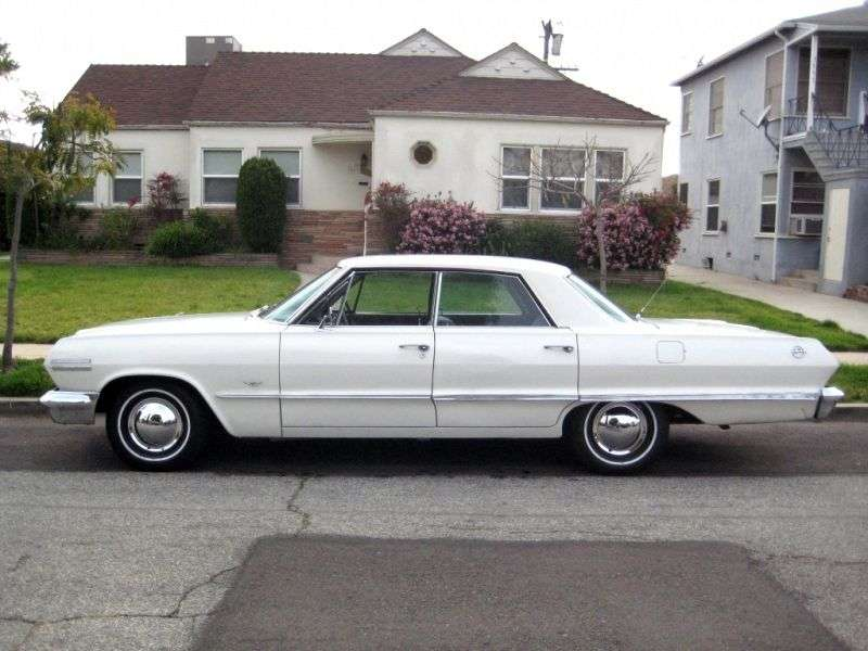 Chevrolet Impala 3rd generation [2nd restyling] hardtop 4.6 MT Overdrive (1963–1963)