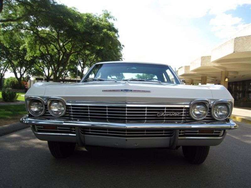 Chevrolet Impala 4 generation sedan 6.5 Turbo Hydra Matic (1965–1965)