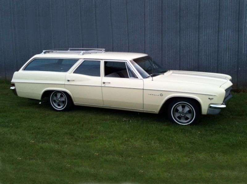 Chevrolet Impala 4th generation [restyling] station wagon 4.6 3MT 3 seat (1966–1966)