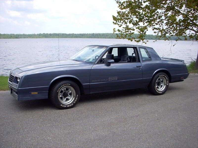 Chevrolet Monte Carlo 4th generation [2nd restyling] SS Coupe 5.0 AT Overdrive (1984–1984)