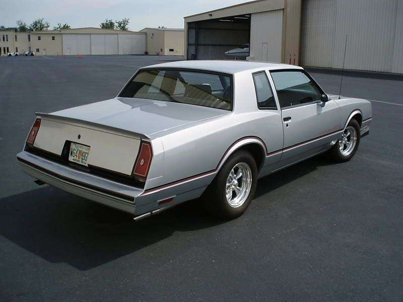Chevrolet Monte Carlo 4th generation [2nd restyling] SS Coupe 5.0 AT (1984–1984)