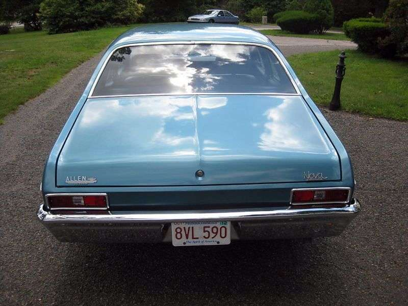 Chevrolet Nova 3rd generation [2nd restyling] 5.7 Powerglide sedan (1970–1972)