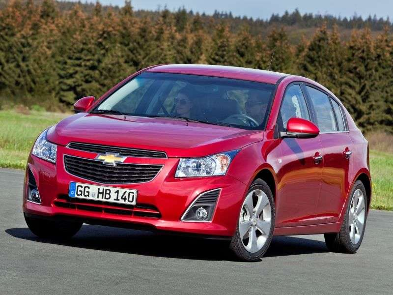 Chevrolet Cruze J300 [restyling] 5 bit hatchback 1.6 MT LS (2012 – n. In.)