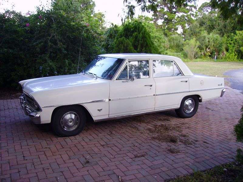Chevrolet Nova 2nd generation [restyling] sedan 5.4 3Synchromesh (1967–1967)