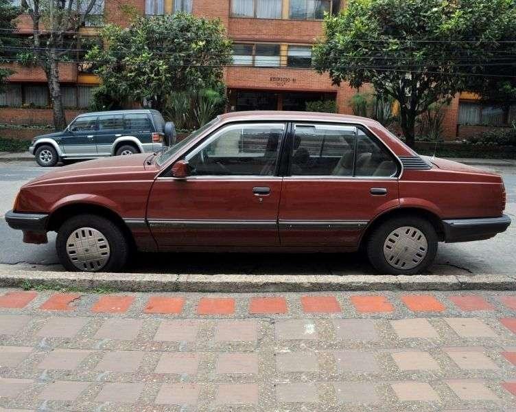 Chevrolet Monza 2nd generation 4 door sedan. 2.0 AT (1987–1991)