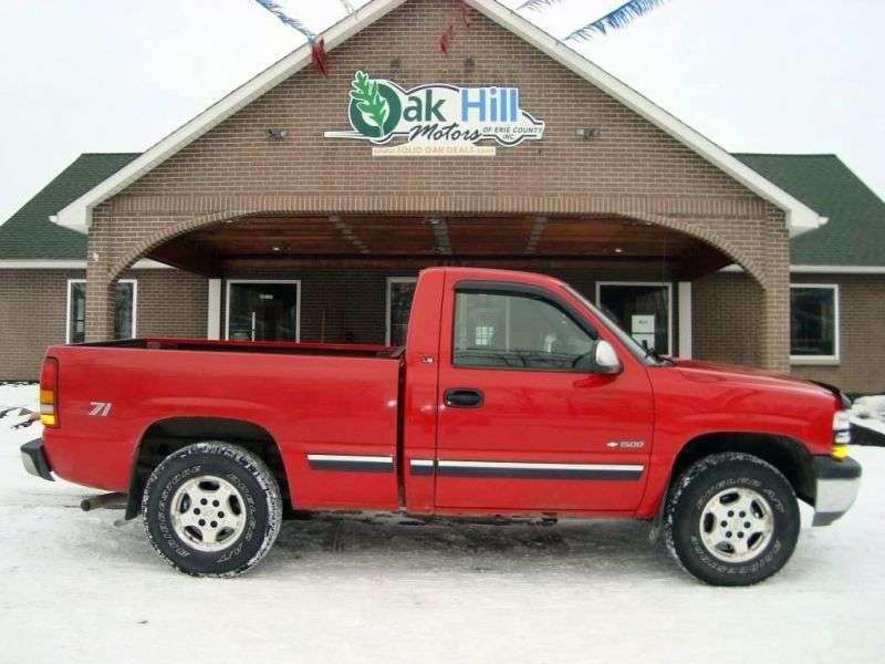 Chevrolet Silverado GMT800Regular Cab pickup 2 dv. 4.3 5MT 4WD 1500 Fleetside (1999–2001)